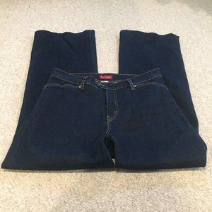 Levi's  Perfectly Slimming Stretch Jeans